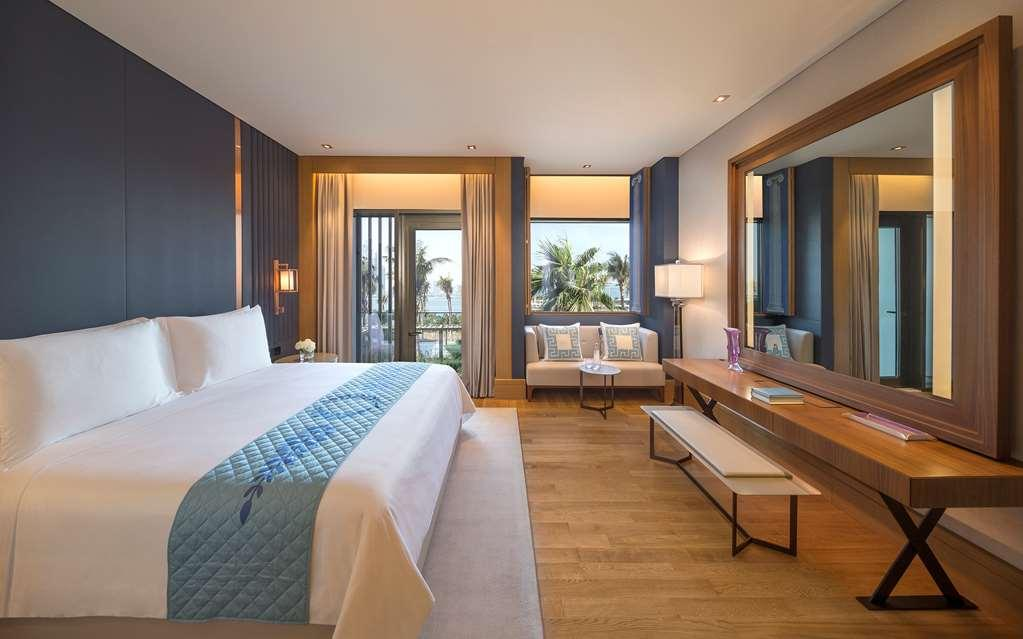 Ocean resort king suite