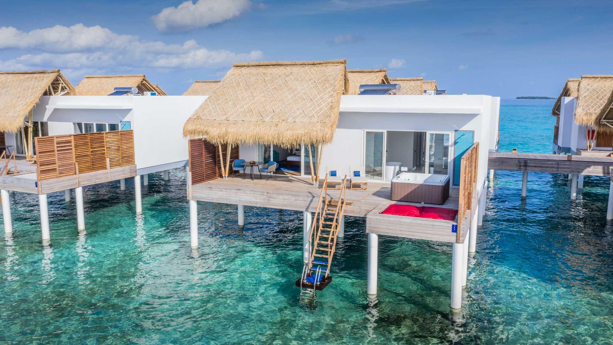 Jacuzzi water villa