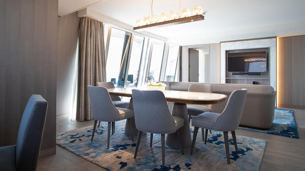 2-bedroom deluxe suite