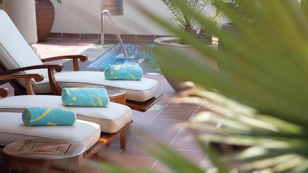 1-bedroom Beit Al Bahar royal villa